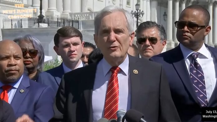 Must Watch: Texas Democrats Sing 'We Will Overcome' at Press Conference...