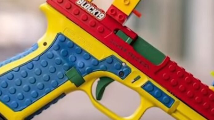 WOW: A Real Firearm Made Out of LEGOS?